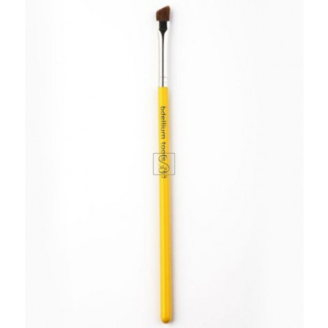 Studio 763 Angled Brow - Bdellium Tools