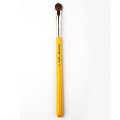 Studio 777 Shadow  - Bdellium Tools