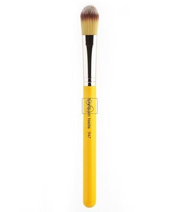 Studio 947 Small Foundation - Bdellium Tools