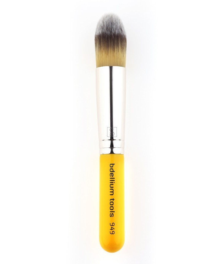 Travel 949 Pointed Foundation - Bdellium Tools